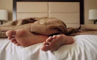 Почему-нельзя-спать-ногами-к-двери